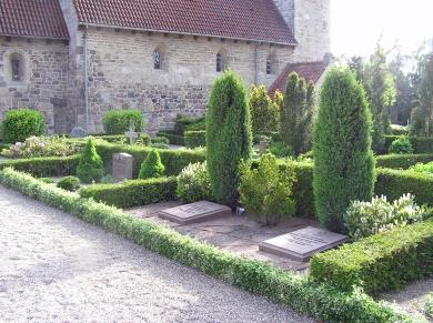 Tveje Merløse kirkegård