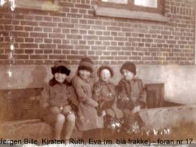 Eva 2. fra højre