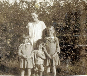 Eva i haven med søskende