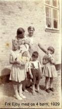Eva med frk Ejby og søskende