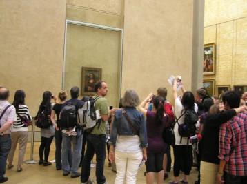 Trængsel foran Mona Lisa