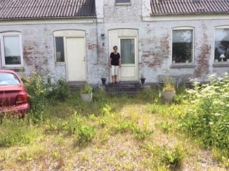 Østrup skole - lidt overgroet