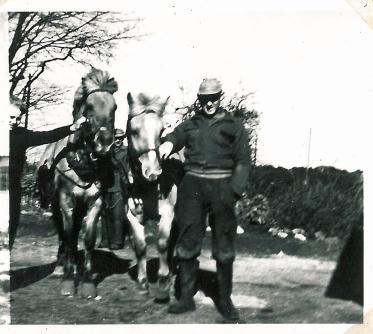 Bent og Henry med hestene