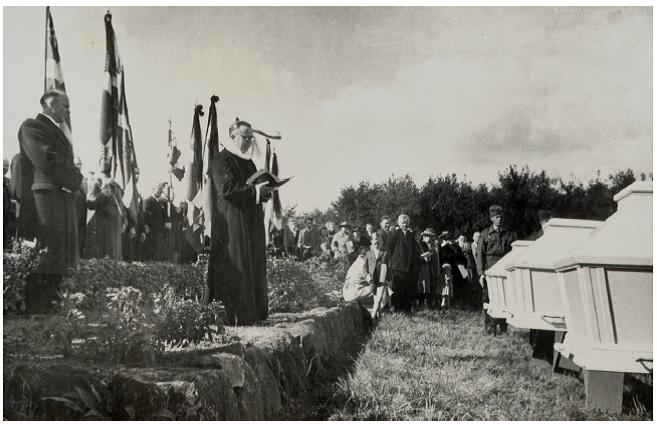 Begravelsen Randbøl kirkegård
