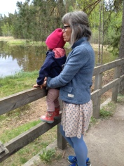 Ved Viltvattnet med Mormor