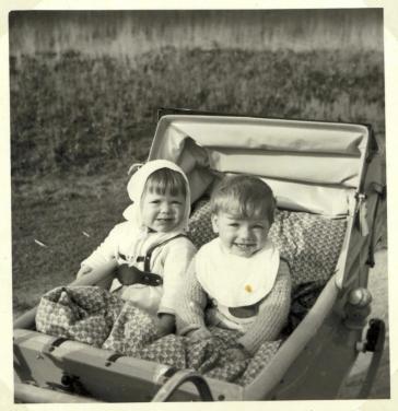 Tvillingerne i barnevogn