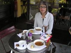 Styrkende suppe og te