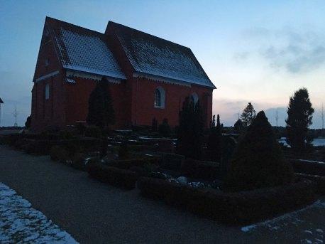 Bregninge kirke skumring-1