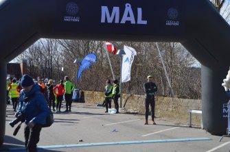 Maria sprang så hurtigt igennem målet at jeg kun fik billede at selve målet