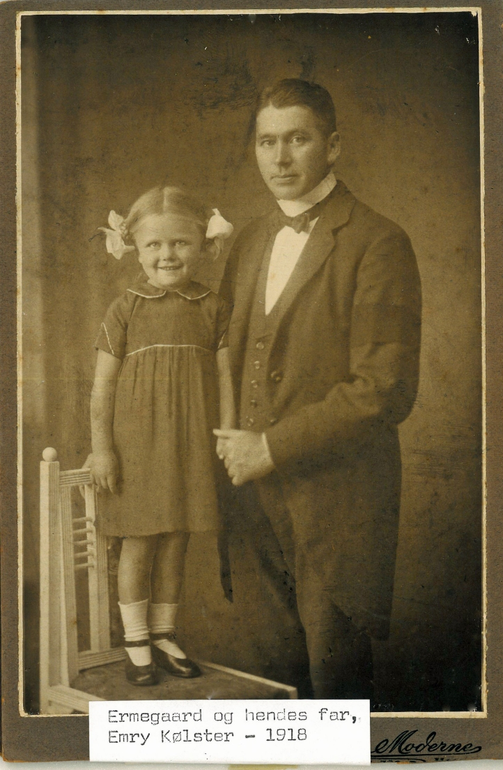 Ermegaard og Emry 1919
