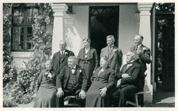Brødrene, Petrine, forrest Ane Kirstine, Kirsten