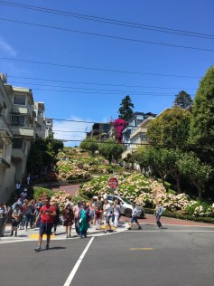Lombard Street - people on way up or down