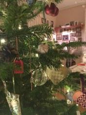 Juletræ med gammel julepynt