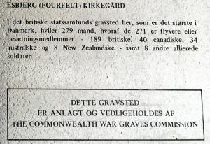 Informations tavle på Fourfeldt gravlund