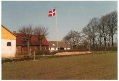 Nyrup der flages en tidlig forårsdag