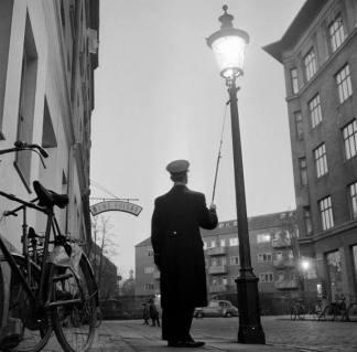 Lygtetænder Frederik 7 Gade 1957 kbh museum